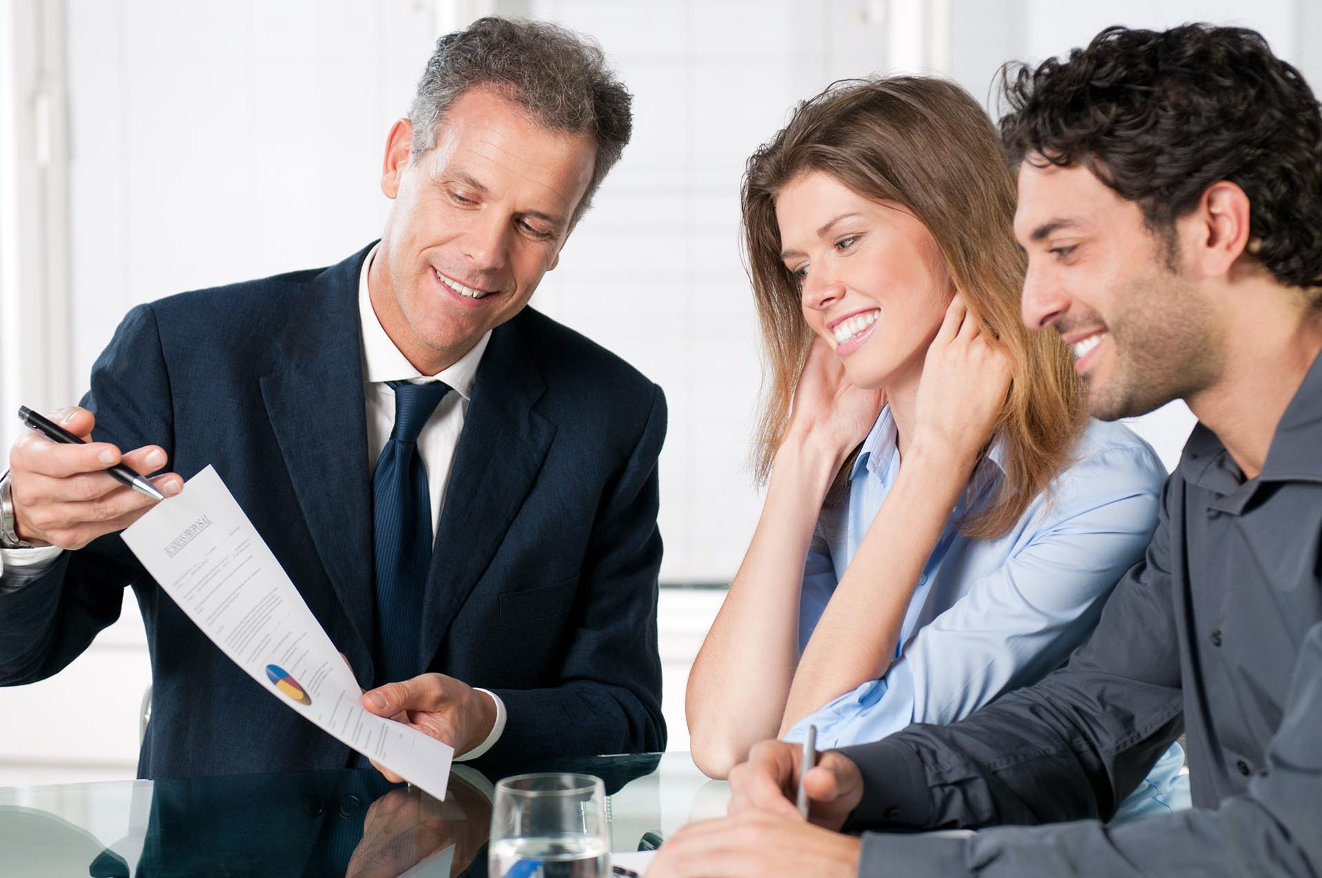 Financial Advisors: Top Reasons to Choose Them