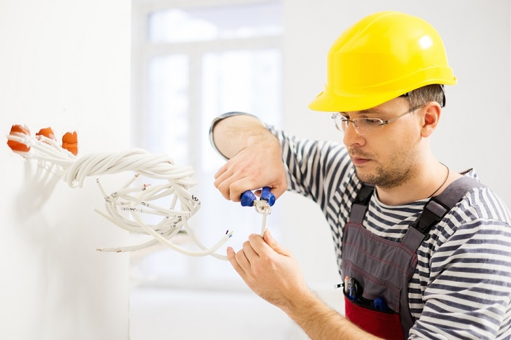 How Does It Save Money When You Hire Experienced Electrical Contractors?