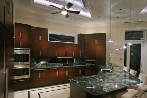 kitchen's granite lighting