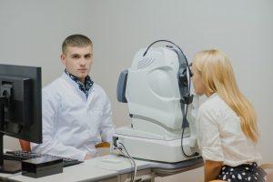 Optometrist Specialist