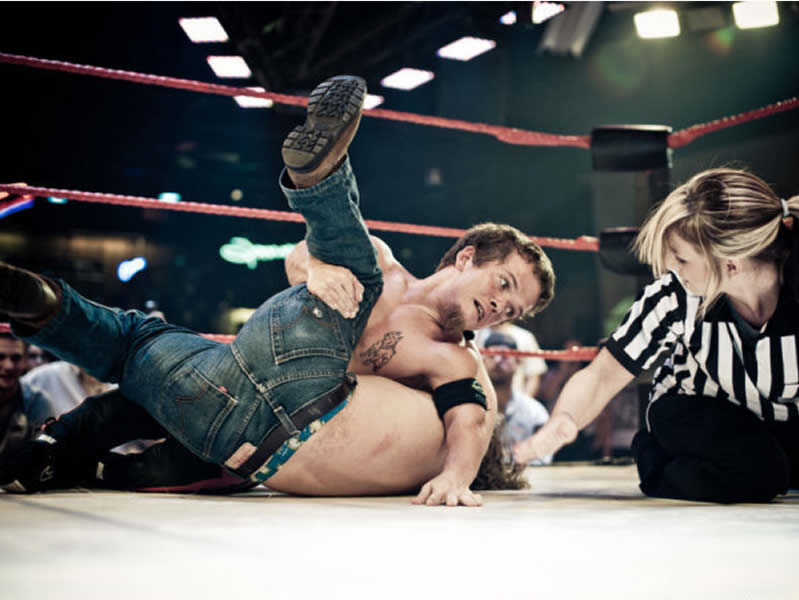 Dwarf wrestling – When entertainment comes in small packages