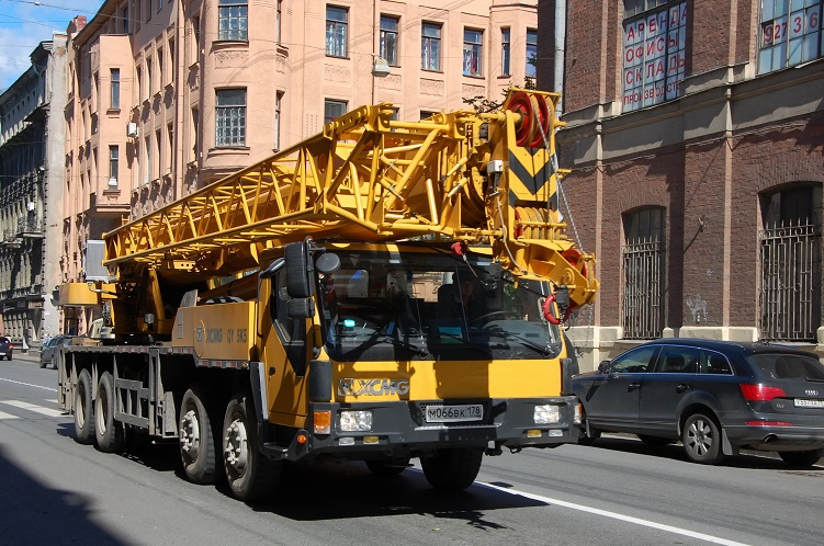 Mobile Crane Hire