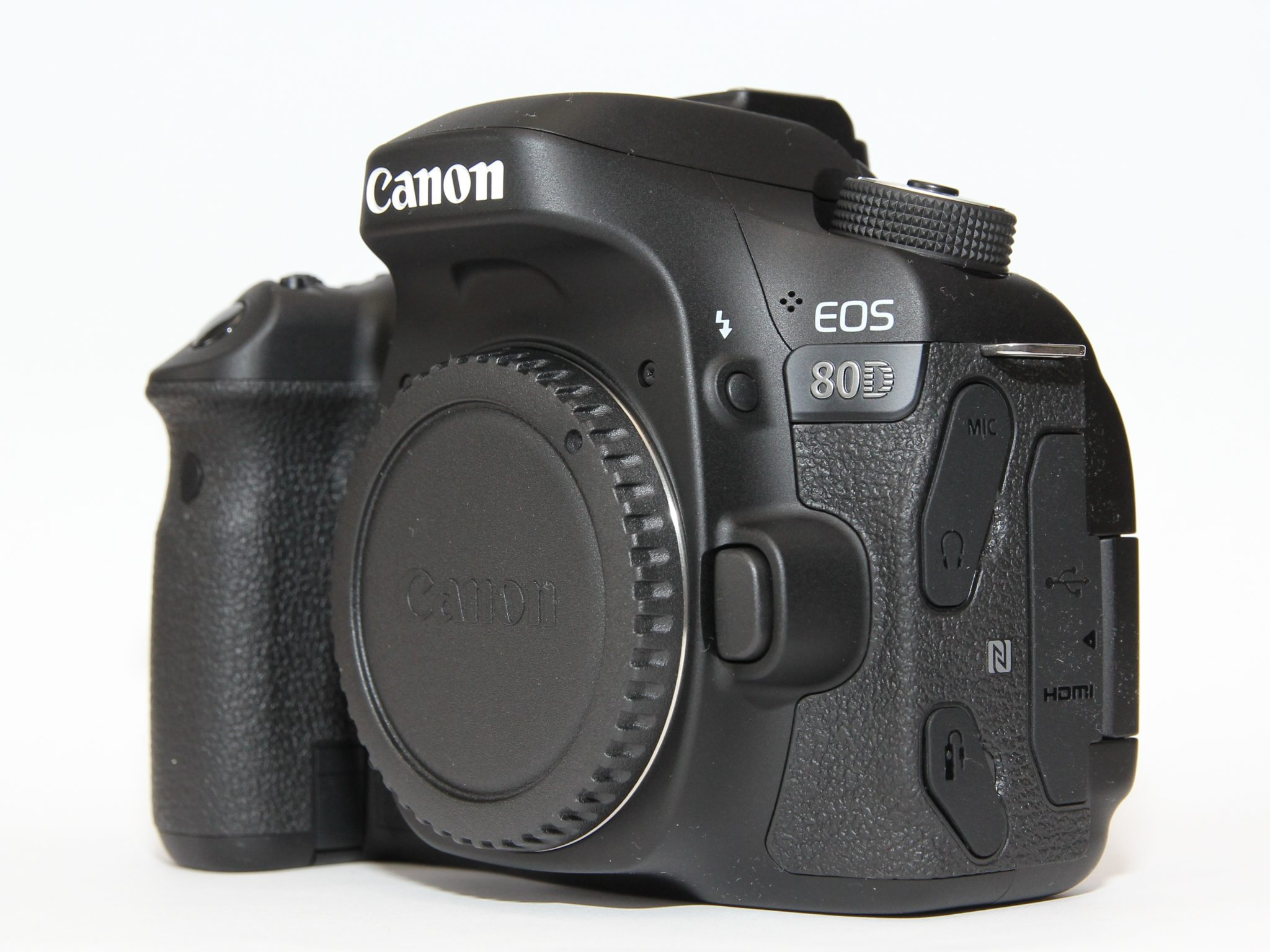 Canon_EOS_80D-camera