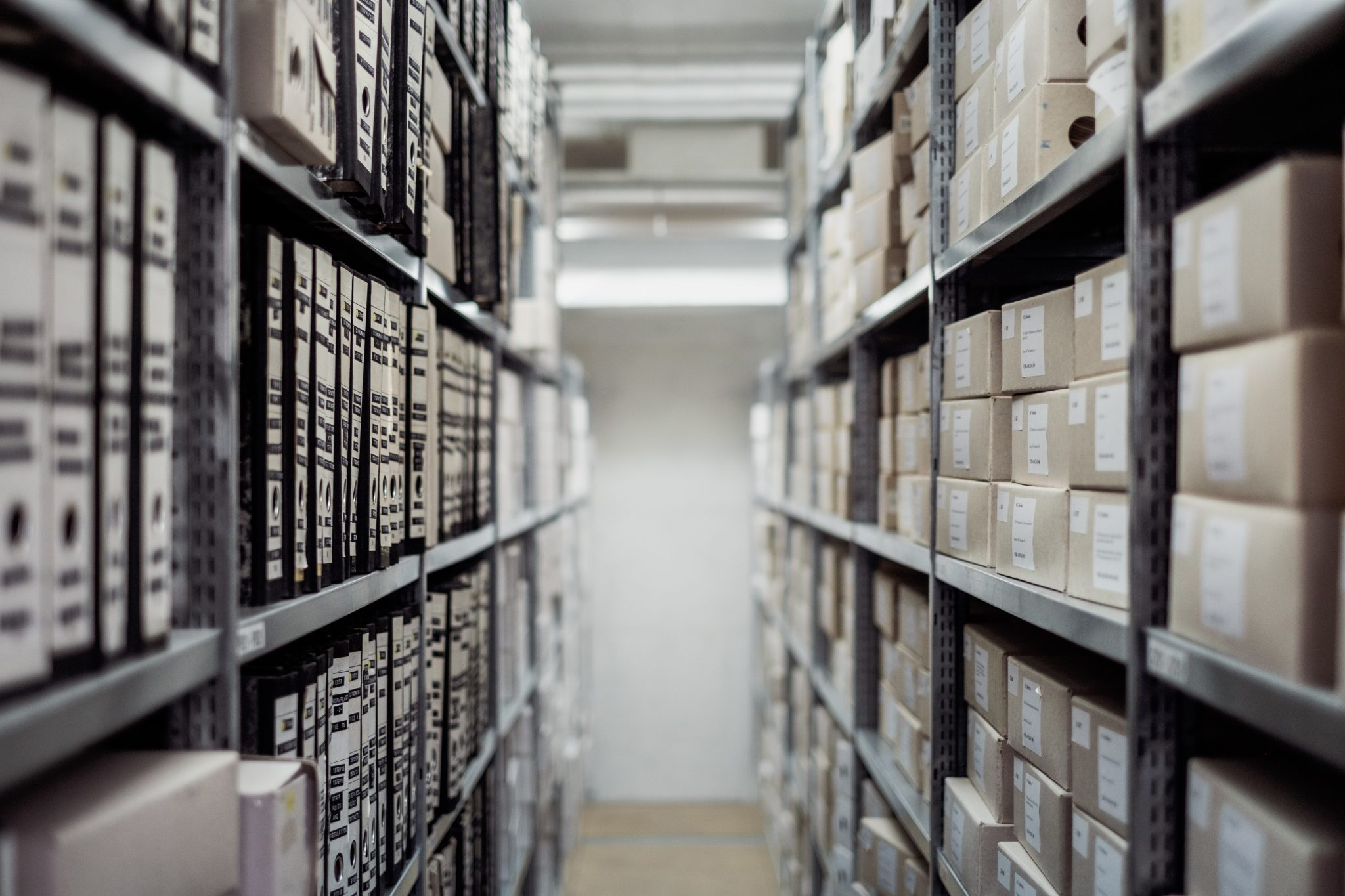 Warehousing in a Logistics System