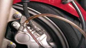 Causes of Spongy Brakes