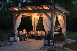 """How to Give Your Garden the """"Wow"""" Factor"""