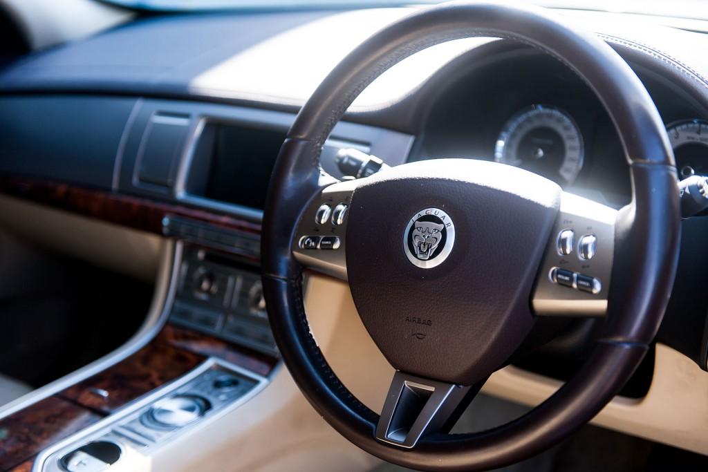 Jaguar service