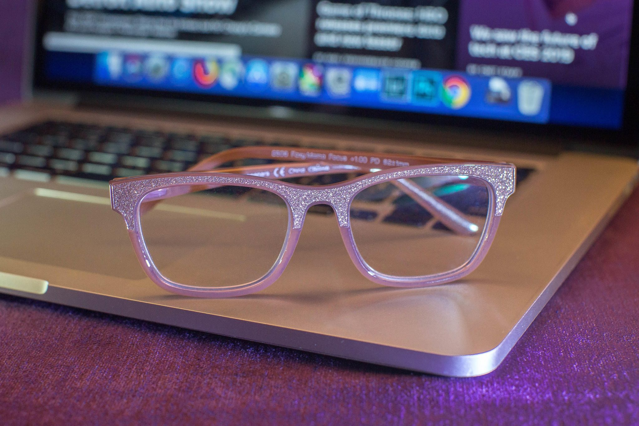 blue-light-glasses-1