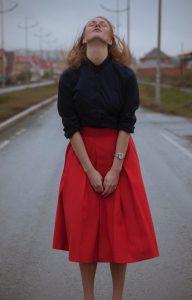line skirt v shape