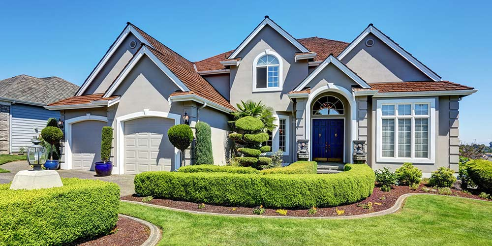 The Easiest Ways to Improve Your Home's Curb Appeal