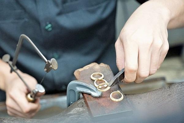 Same Day Jewelry Repair Store