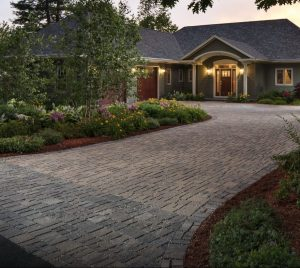 How to Keep Your Driveways Pavers Looking New