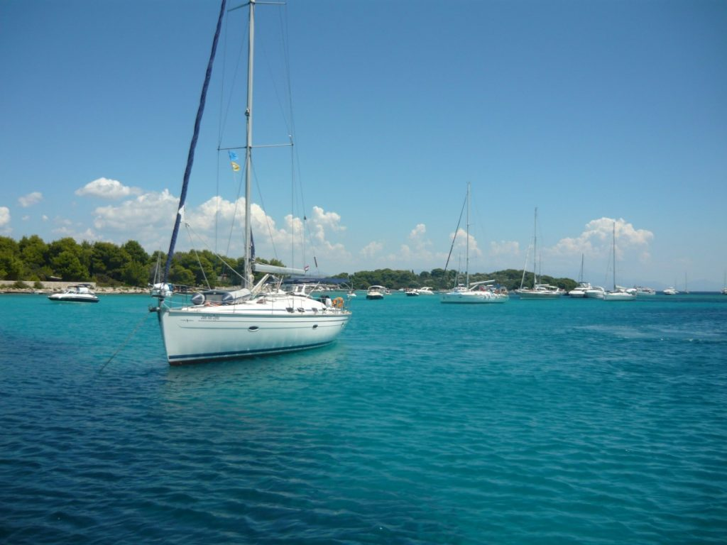 Sailing_Whitsundays