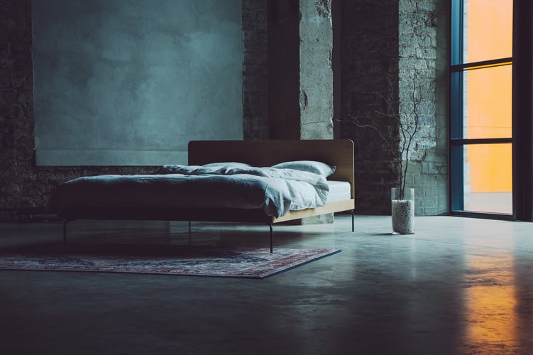 wooden-furniture-bed