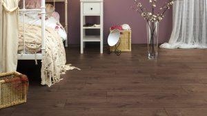 laminate Wood flooring UK